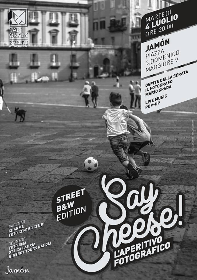 Say Cheese! street b&w