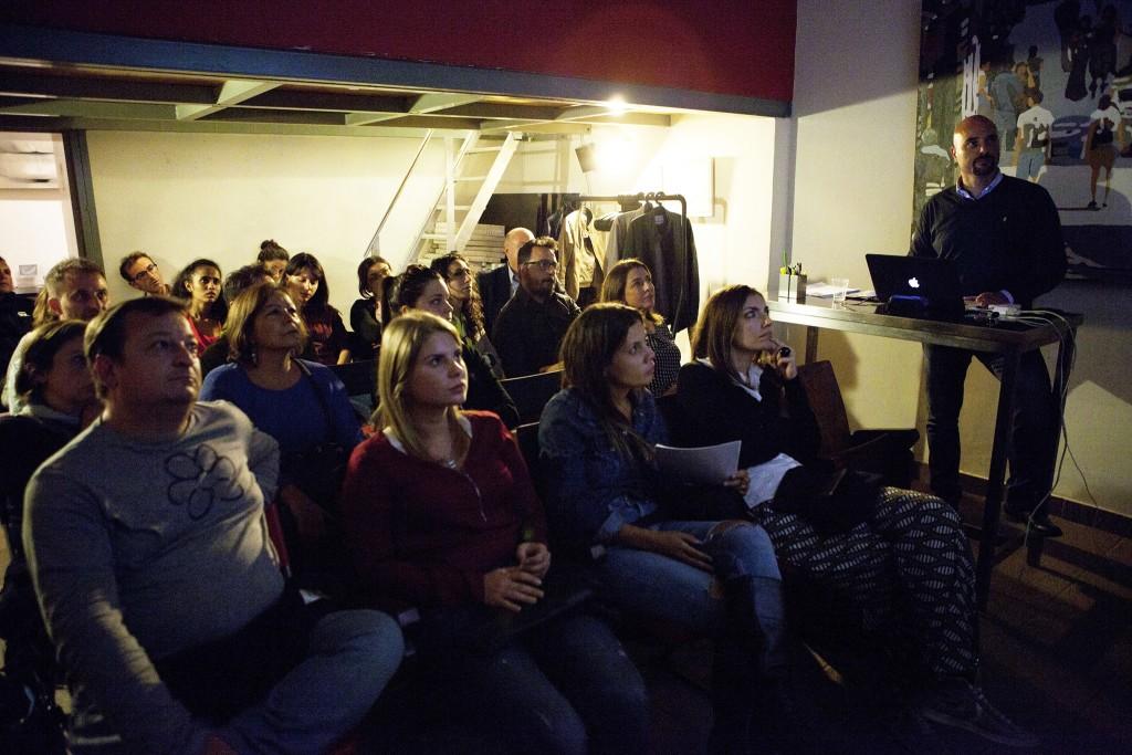 Lezioni di fotografia a Spazio Tangram